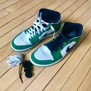 Nike Green & White Air Jordan 1 Mid SE